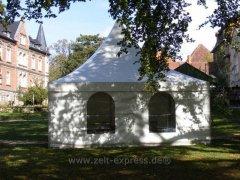 Domgarten_Naumburg.jpg